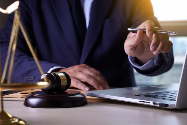 Conheça tecnologias inovadoras para facilitar os processos dos escritórios de advocacia