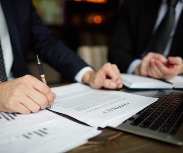Saiba mais sobre o que é e como funciona a advocacia empresarial